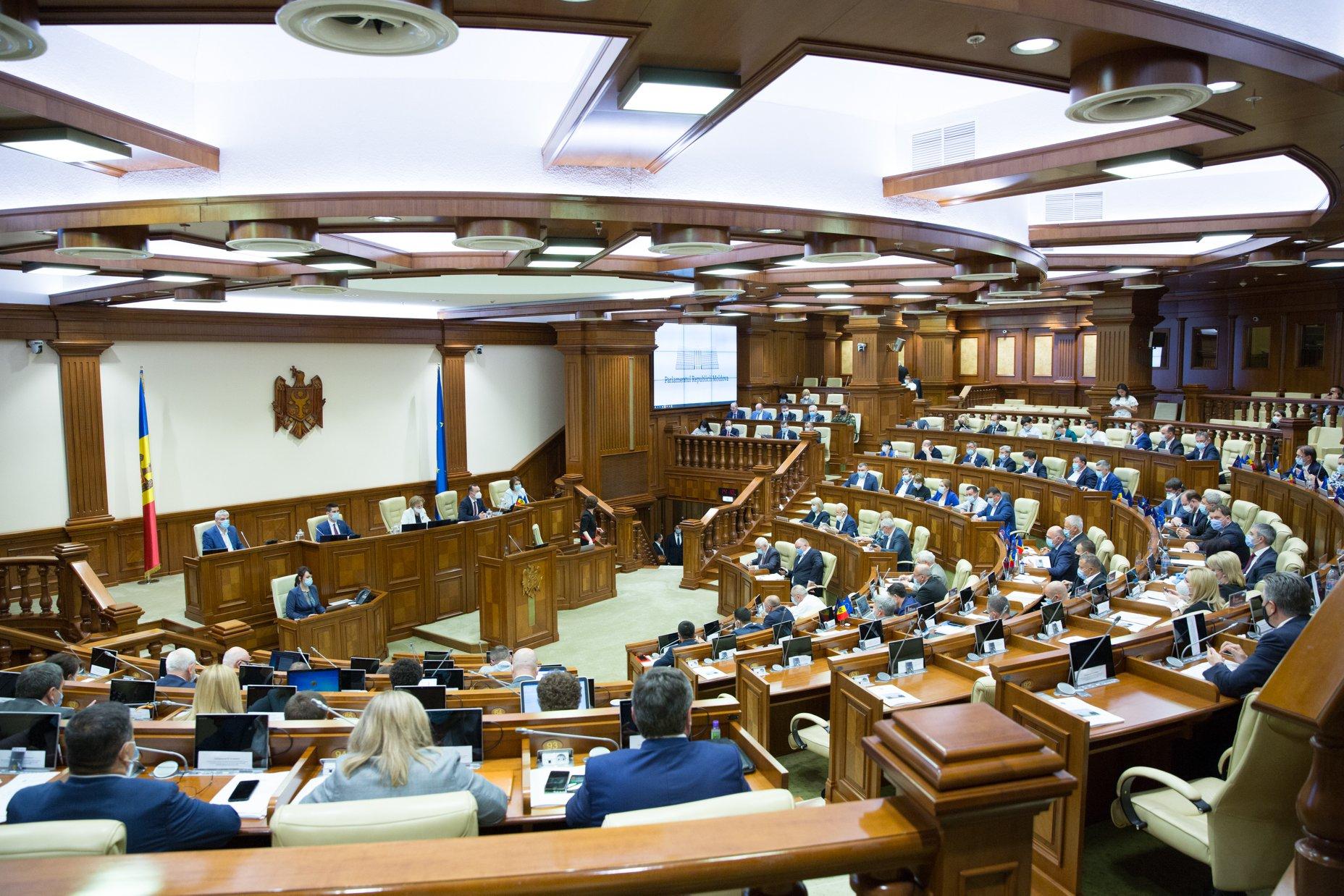 Criza politică, tot mai profundă în R.Moldova. Tentativa de votare a Guvernului a eșuat