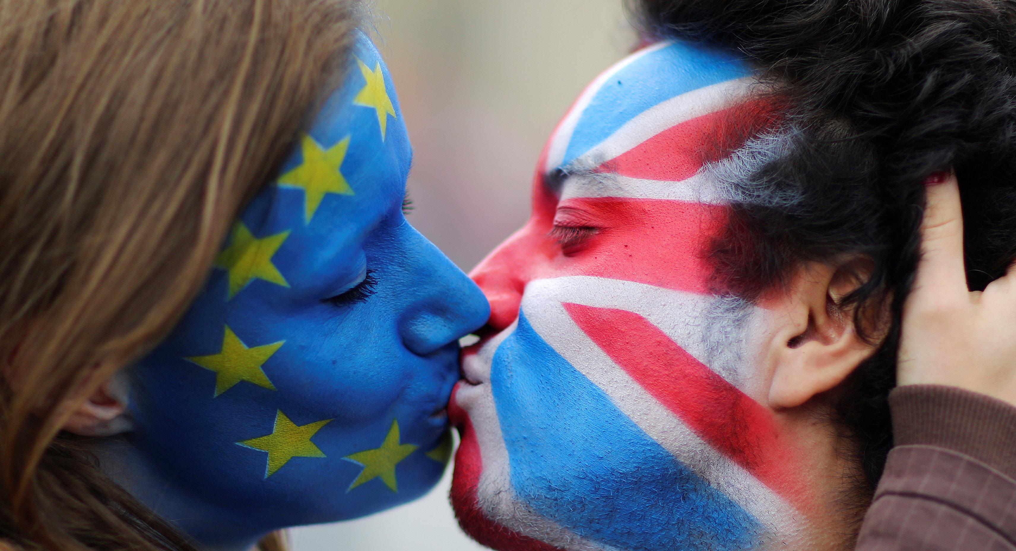 3-milioane-de-britanici-cer-brenter-tabara-probrexit-nu-se-grabei