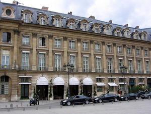 Paris: hotelul Ritz se închide