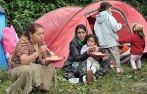 Asociaţiile de romi din Franţa, în alertă