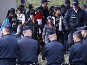 Negocieri între Franţa, România şi Bulgaria, pe tema romilor