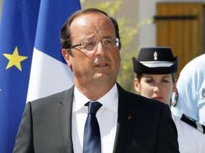 Popularitatea lui François Hollande, în picaj