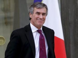 """Preşedintele Hollande, fragilizat de """"afacerea Cahuzac"""""""