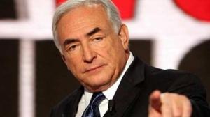 """Strauss-Kahn, un """"porc-sublim"""". Cartea care provoacă scandal în Franța"""