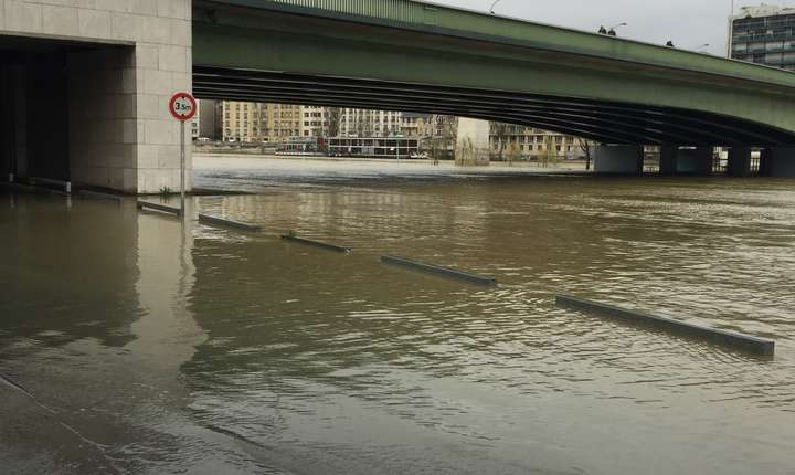 Terasele au fost inundate