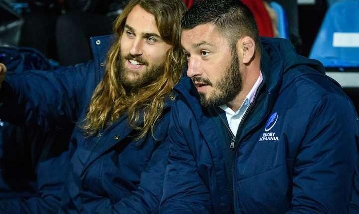 Jack Cobden (stânga) și Valentin Popârlan n-au făcut parte din lot pentru meciul cu Samoa, dar pot reveni pentru meciul de sâmbătă cu Tonga