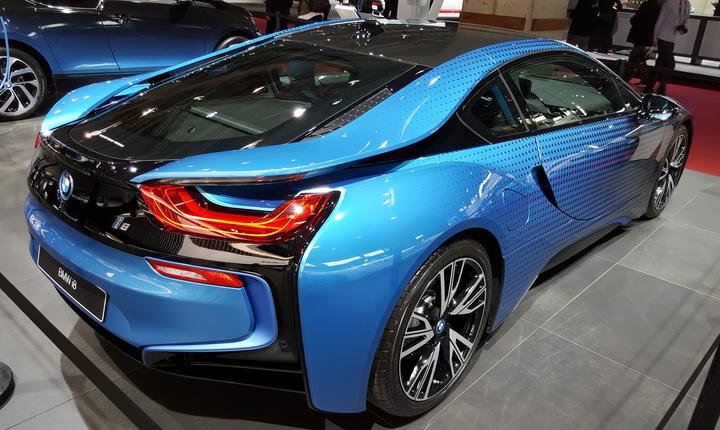 Un bolid electric, BMW i8