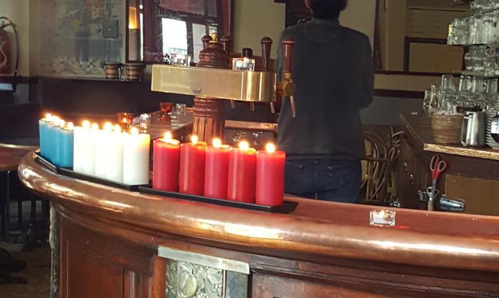 Usile sunt închise la Carillon în aceastà zi comemorativà chiar dacà patronul e prezent