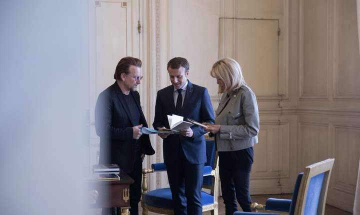 130 de milioane de fete nu au acces la educatie atentioneaza presedintele Emmanuel Macron pe pagina sa de Twitter