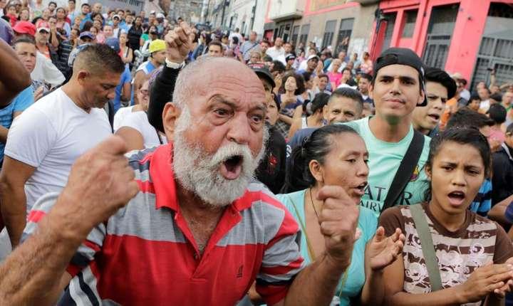 Manifestaţie împotriva penuriei de alimente la Caracas, Venezuela
