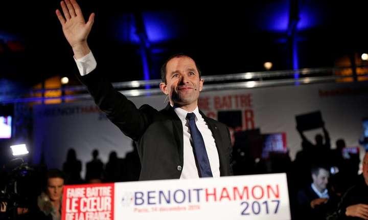 Benoît Hamon, nu demult considerat un outsider, se impune primul la primarele socialiste