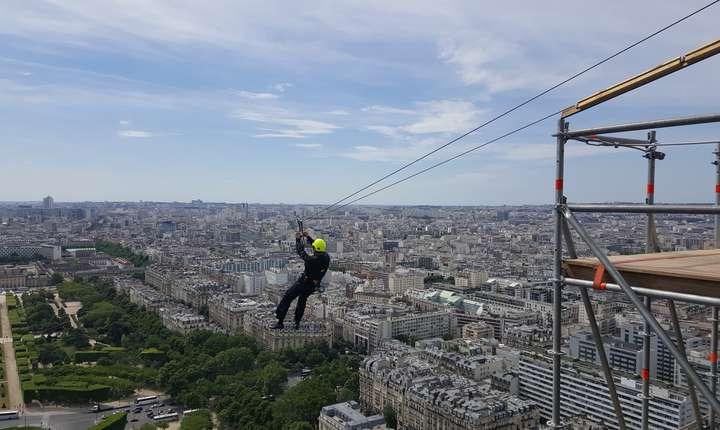 Cu tiroliana de pe Turnul Eiffel, sau experienta SmashPerrier