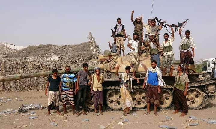 Yemen, militii pro-guvernamentale în apropiere de portul Hodeida
