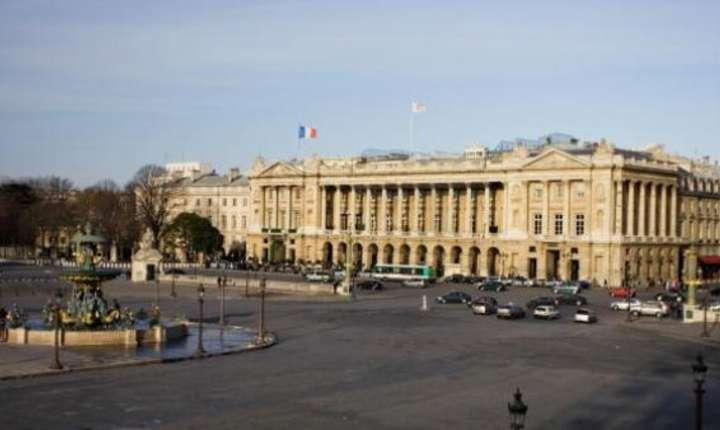 Place de la Concoirde, hotelul Crillon