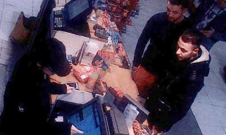 Mohamed Abrini si Salah Abdeslam reperati lânga Paris în 11 noiembrie 2015
