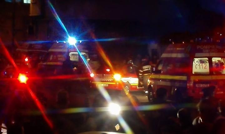 Cel puțin 26 de oameni au murit în incendiul din clubul Colectiv