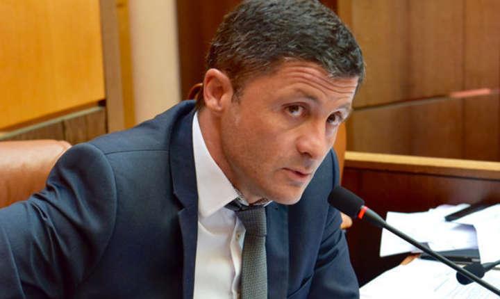Nationalistul corsican Jean-Félix Acquaviva, deputat francez, membru al grupului parlamentar de prietenie Franta-România