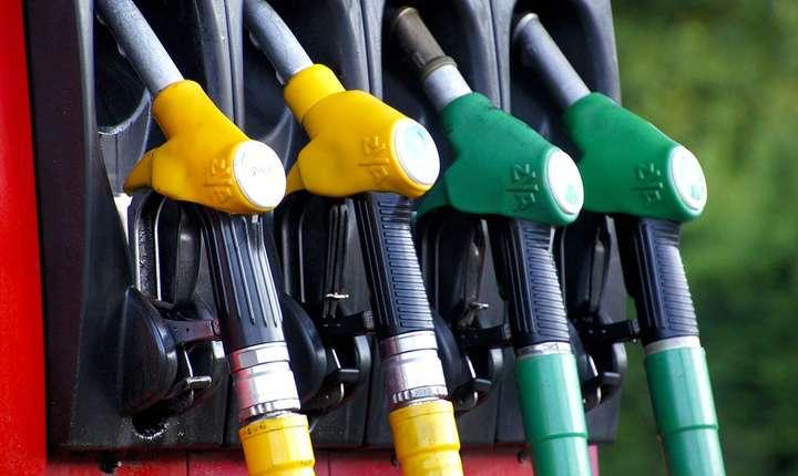 Guvernul vrea să majoreze accizele carburanţilor, de la 1 septembrie 2017 (Sursa foto: pixabay.com)