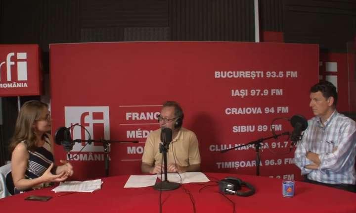 Adriana Record, Constantin Rudnitchi și Costin Borc in studioul RFI Romania