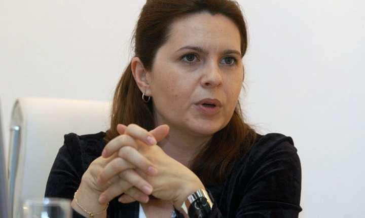 Adriana Săftoiu cere PSD să ia în serios vocea străzii (Sursa foto: www.pnl.ro)