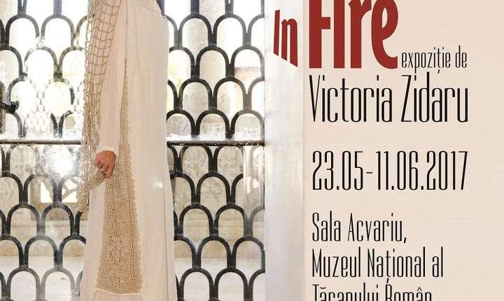 Afiș Expoziția În Fire