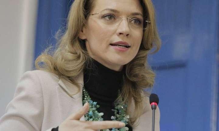 Alina Gorghiu critică ordonanţele privind graţierea şi modificarea Codului Penal (Sursa foto: www.pnl.ro)