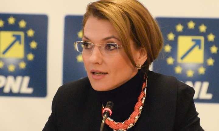 Alina Gorghiu se opune ordonanţei graţierii şi dezincriminării unor fapte penale (Sursa foto: www.pnl.ro)