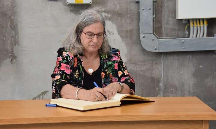 Ambasadoarea Israelului Tamar Samash in cadrul vizitei la Magurele