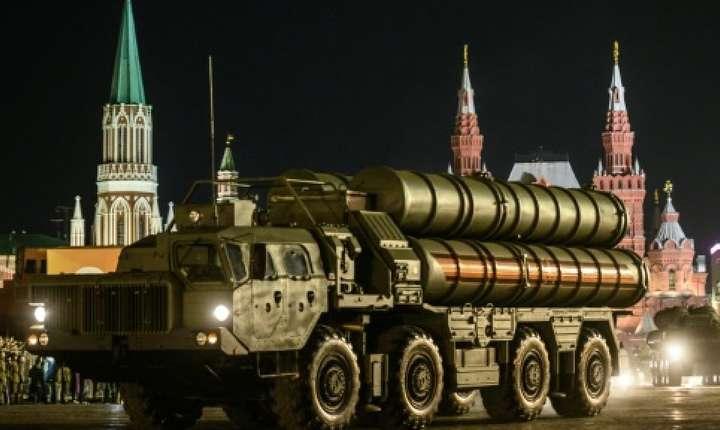 Ankara asteapta sa îi soseasca primele rachete rusesti S-400, în ciuda amenintarilor americane.