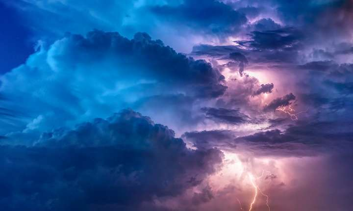 Ploi, vijelii și grindină, până vineri seară (Sursa foto: pixabay)