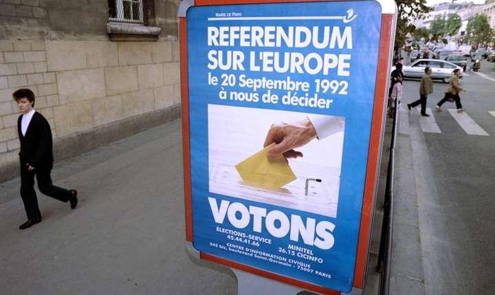 Afis în Franta în momentul referendumului legate de Tratatul de la Maastricht