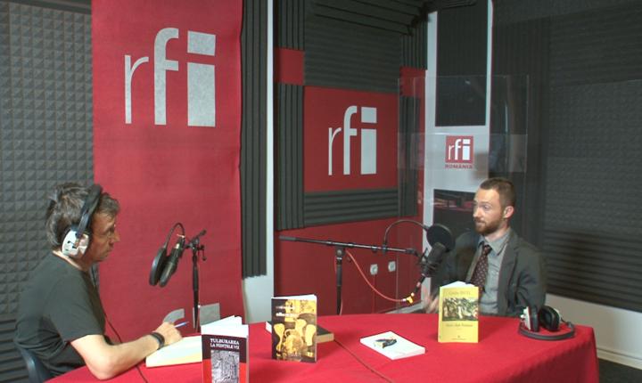 Dan Pârvu şi Cătălin Pavel in studioul radio RFI Romania