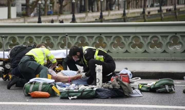 Atac armat in apropierea Parlamentului britanic