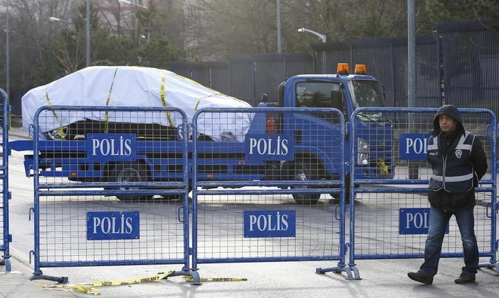 Măsuri de securitate, după atentatul de miercuri de la Ankara (Foto: Reuters/Umit Bektas)