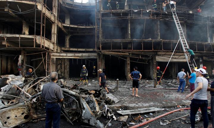 Atentatul din Bagdad a făcut zeci de morţi şi peste 130 de răniţi (Foto: Reuters/Khalid al Mousily)
