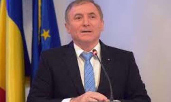 Continua scandalul din justitie, pe marginea revocarii procurorului general Augustin Lazăr