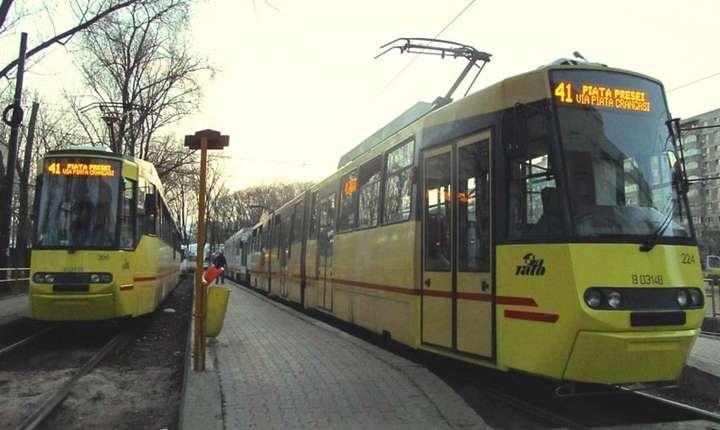 Tramvaiul 41, care leagă Piaţa Presei de cartierul Ghencea