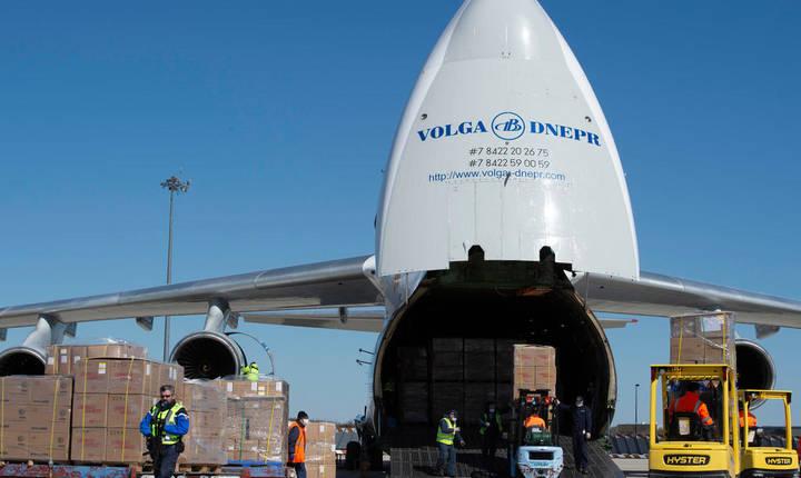 La bordul acestui avion-cargo au sosit în Franta 8,5 milioane de màsti din China, 30 martie 2020