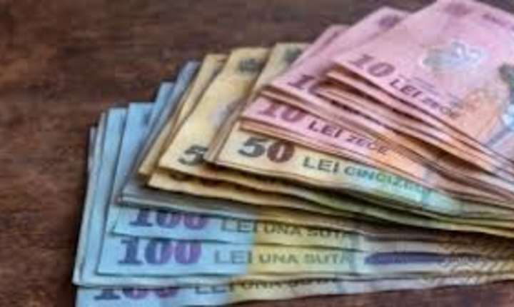 Curs istoric: cel mai slab leu  în raport cu euro.  4,67 de lei, cotatia BNR pentru moneda europeană