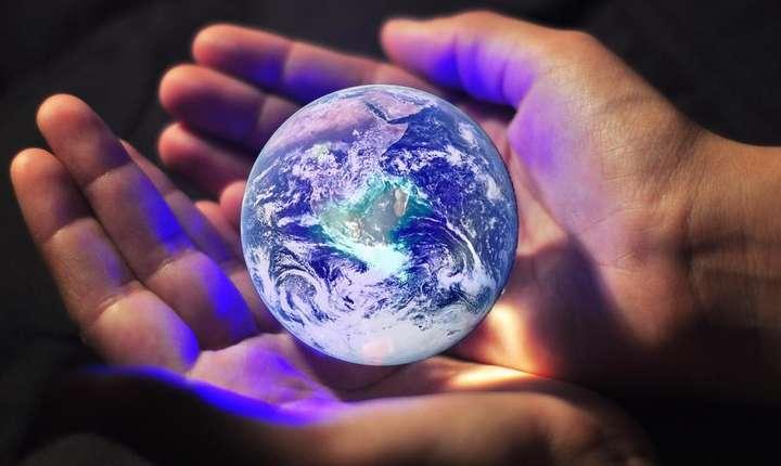 One Planet Summit are ca obiectiv încurajarea si accelerarea finantàrii combaterii încàlzirii climei