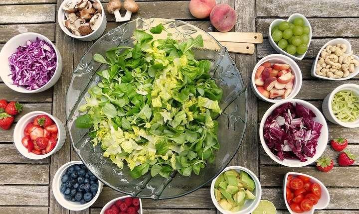 Guvernului a decis reducerea TVA la produsele bio de la 9% la 5%, măsură care nu îi va ajuta cu nimic pe producătorii mici.
