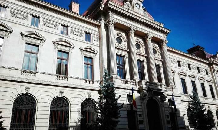 Un trio de economiști de la Banca Națională și Consiliul Fiscal a făcut o analiză a economiei românești. Ei arată punctele de dezechilibru ale bugetului și propun o serie de soluții pentru însănătoșirea economiei românești.