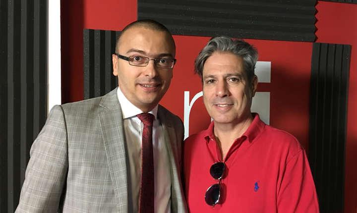 Iancu Guda și Nicolas Don in studioul de inregistrari RFI Romania