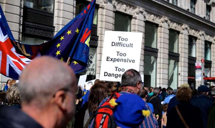 Regatul Unit a acceptat deja ideea că va plăti sumele datorate