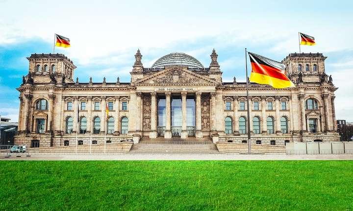 Intrarea în recesiune a economiei germane este un semnal de alarmă. Recesiunea ar putea să aibă un efect asupra întregii economii europene.