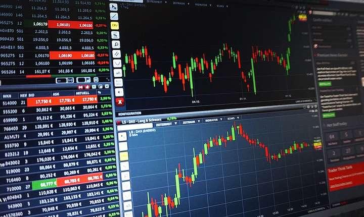 Brokerii au calculat că bursa a pierdut într-o singură ședință întregul progres realizat anul acesta.