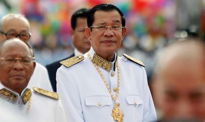 Premierul Cambodgiei, Hun Sen, pe 9 noiembrie 2017, cu ocazia celebràrii a 64 de ani de la independenta tàrii