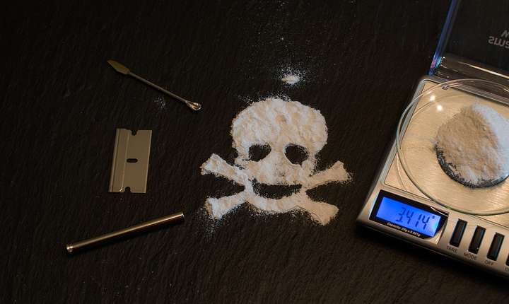 O tonă de cocaină, descoperită de DIICOT (Foto: pixabay)