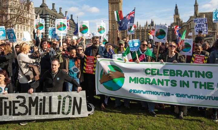Demonstrație în favoarea cetățenilor UE
