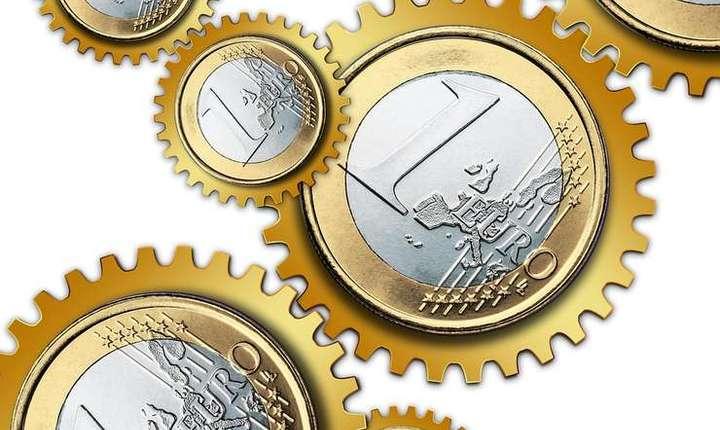 Leul s-a depreciat în faţa monedei euro (Sursa foto: pixabay.com)